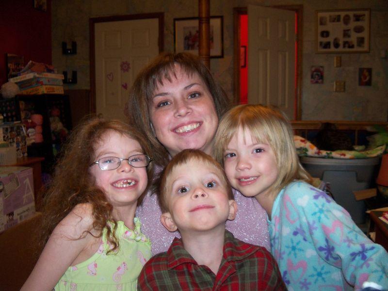 Mel & the kids 001