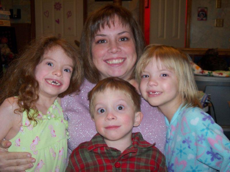 Mel & the kids 005