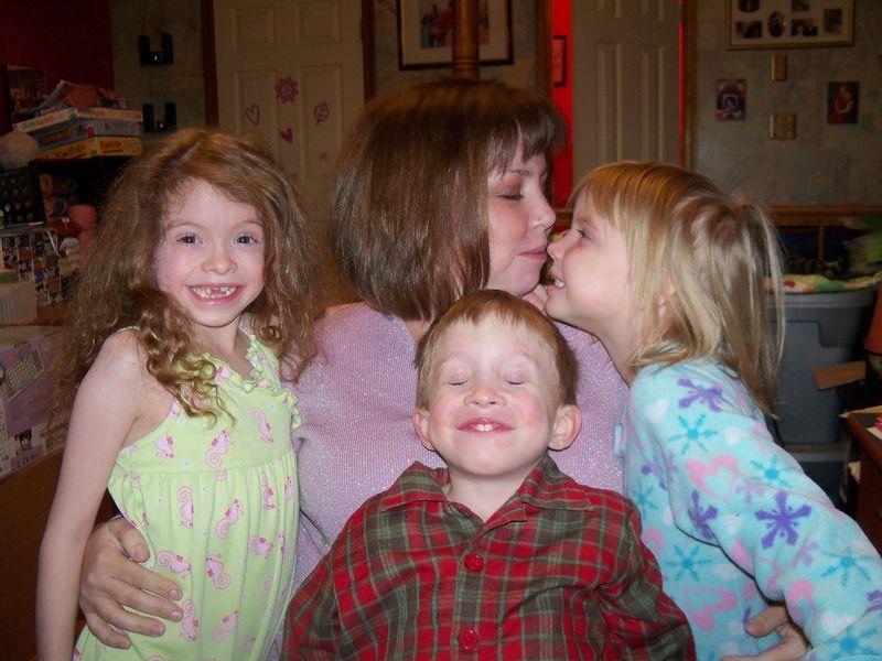 Mel & the kids 014