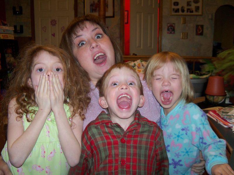 Mel & the kids 016