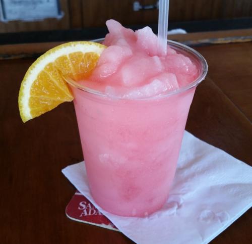 110415 Bogie's Holiday Inn Tiki Bar Key Largo Drink